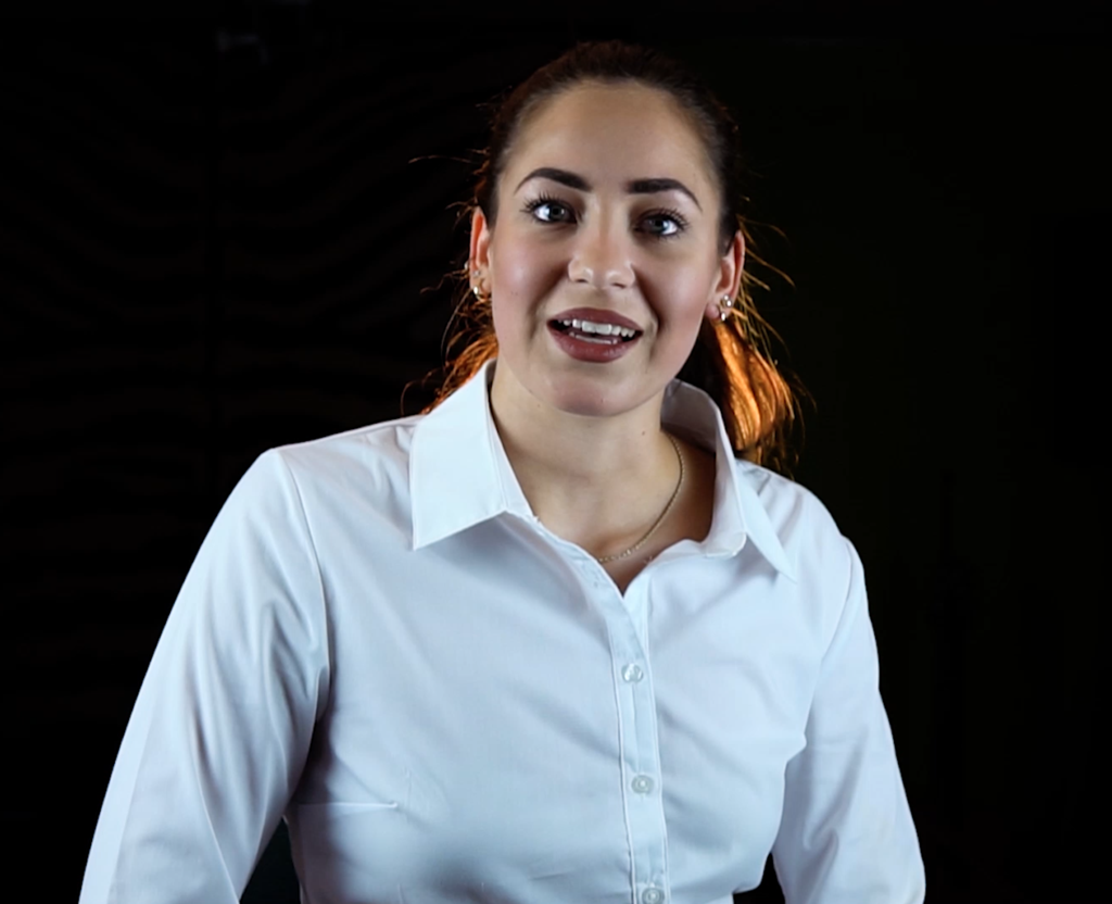 Frau hat professionelle Videobewerbung machen lassen Bewerbungsfilm, schwarz in Frauenfeld oder Winterthur